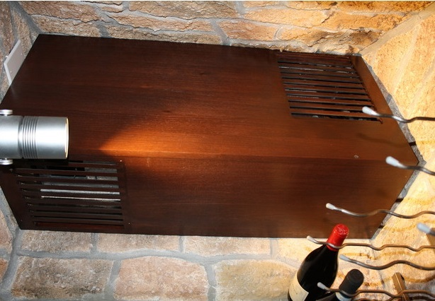 This cooling system was installed in a contemporary wine cellar. Click here to read more!