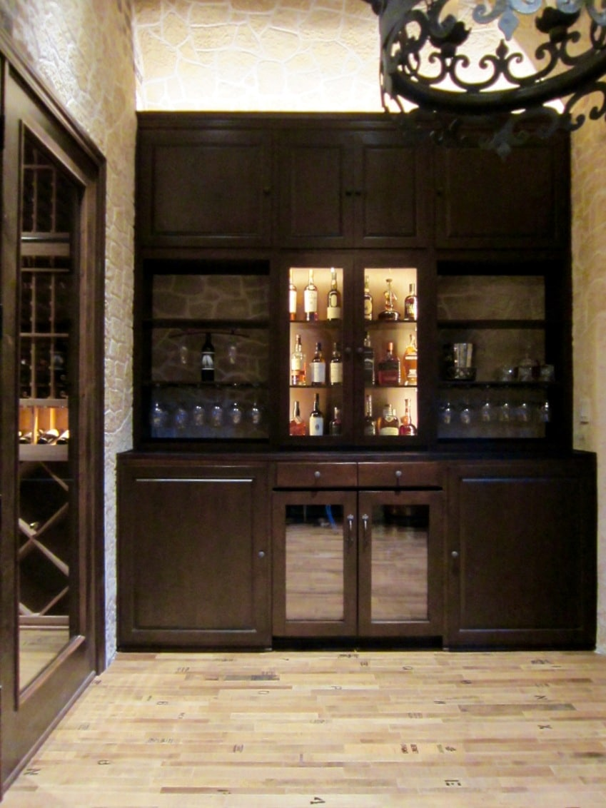 Las Vegas Builders Completed this Home Bar in the Wine Tasting Room